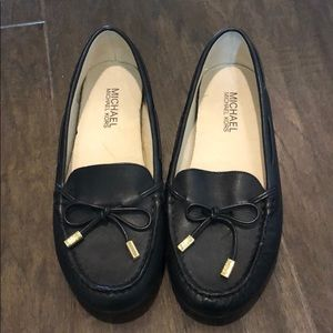 Barely worn! Like new Michael Kors black flats